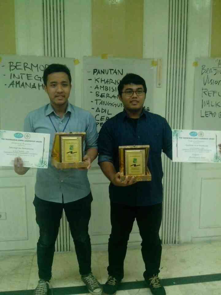 Presicent of AAPG SC ITB as The Most Active Student at 8th Seapex, Medan